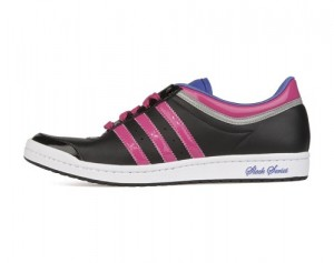 Der adidas top 10 HI SLEEK in schwarz und pink im Profil