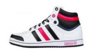 Für Fans der Farbe Rot: Der adidas Top Ten