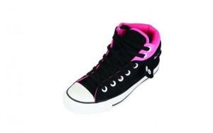 Der All Star Paded Collar 2 in schwarz und pink richtet sich an die weibliche Zielgruppe