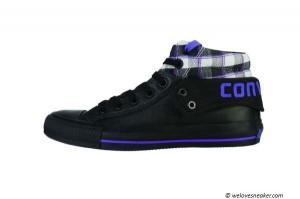 Die Damenvariante: Der Converse Padded Collar II in schwarz & blau
