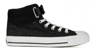 Converse Padded Collar Loopback in schwarz & weiß