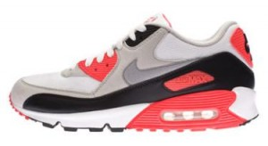 Der Nike Air Max 90 Infared im Profil