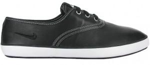 Der Nike Deuce Ledersneaker