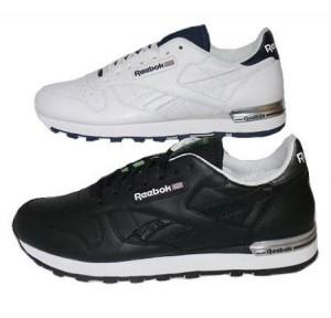 Der Classic Leather Sneaker von Reebok in schwarz und weiß