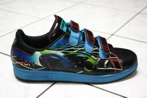 Der Adidas Adicolor Stan Smith Tron Sneaker - mit Klettverschluss!