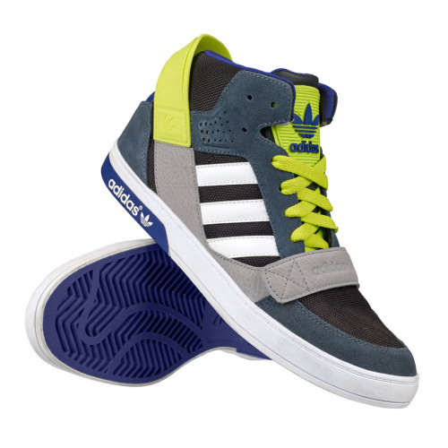 RS50134_Foot Locker Exclusive_adidas Hard Court Defender_black-scr