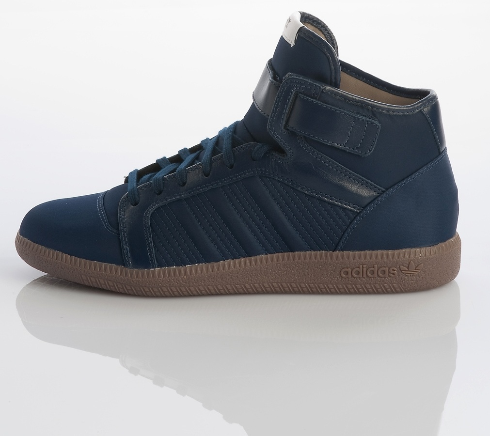 9099a827b5179c Sportliche Sohle – der a.039 Full Back Sneaker in dunkelblau