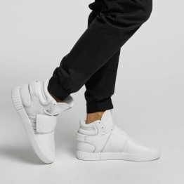 adidas / Sneakers Tubular Invader Strap in white
