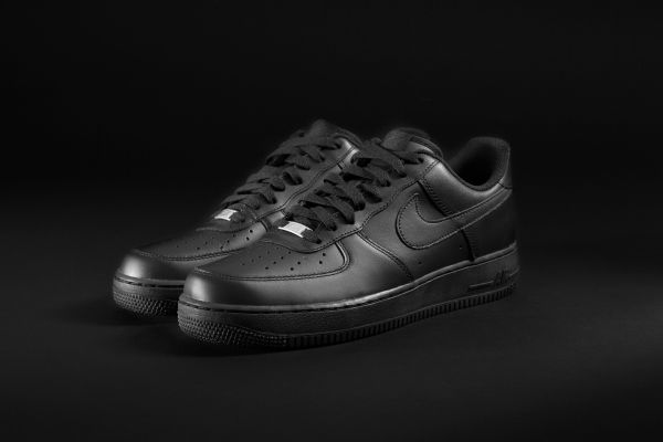 Nike Air Force Core schwarz
