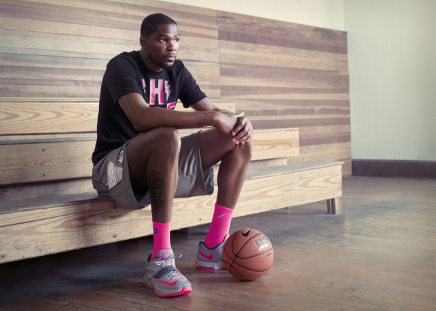 Kevin Durant be the baddest