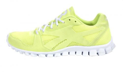 Bild des Reaflex Racer Sneaker von Reebok in grün